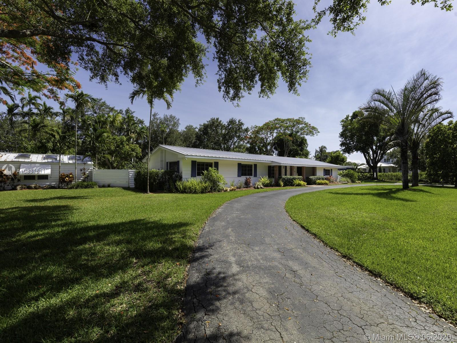 7450 SW 116th St  For Sale A10831611, FL