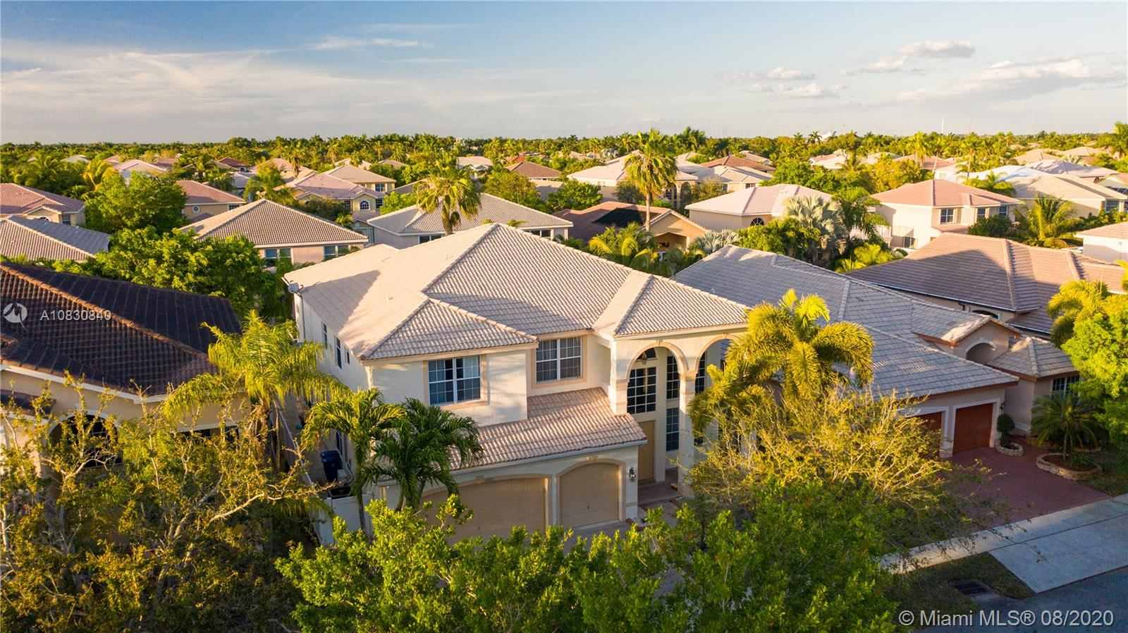 17927 SW 36th St  For Sale A10830840, FL