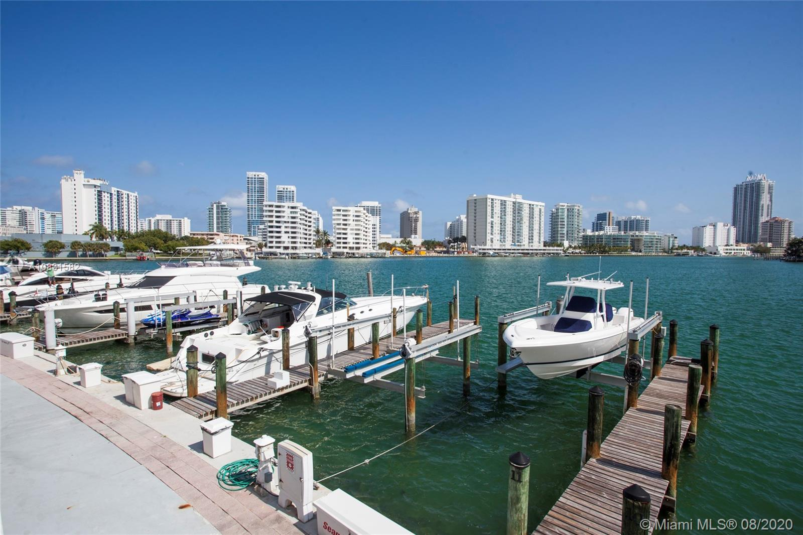 900  Bay Dr #313 For Sale A10831582, FL