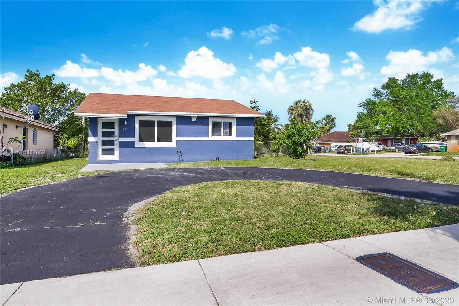 1121 NW 27th Ave  For Sale A10832052, FL