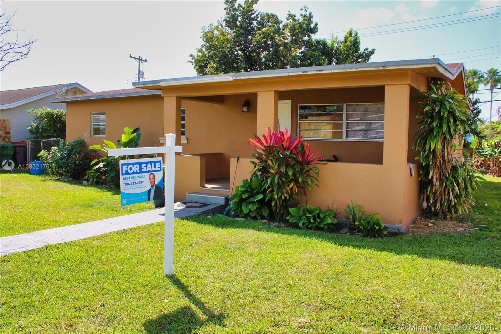 6450 SW 39th Ter  For Sale A10832170, FL