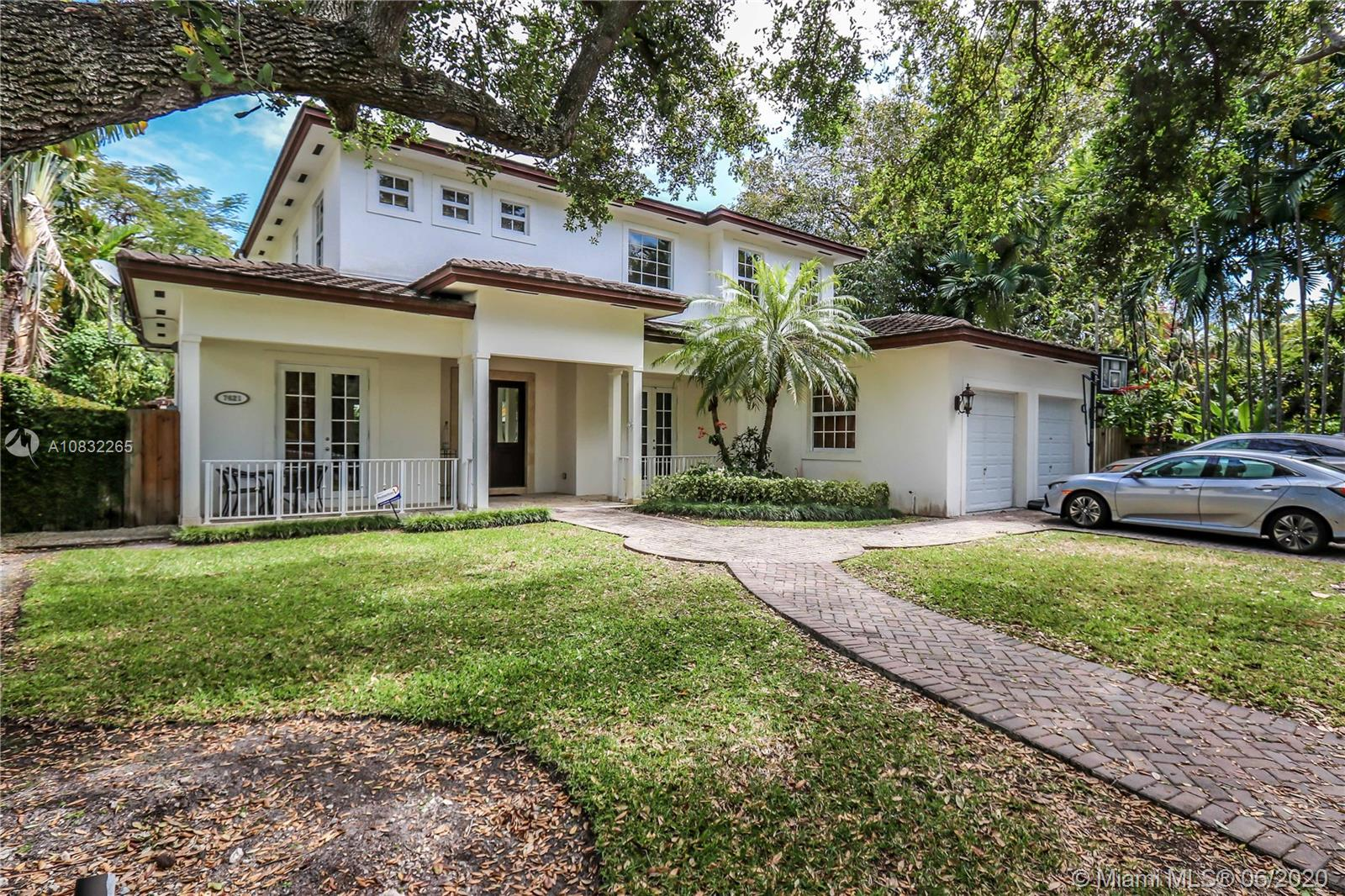 7621 SW 61st Ave  For Sale A10832265, FL