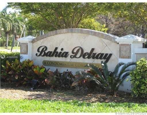 1385  Crystal Way #L For Sale A10832039, FL