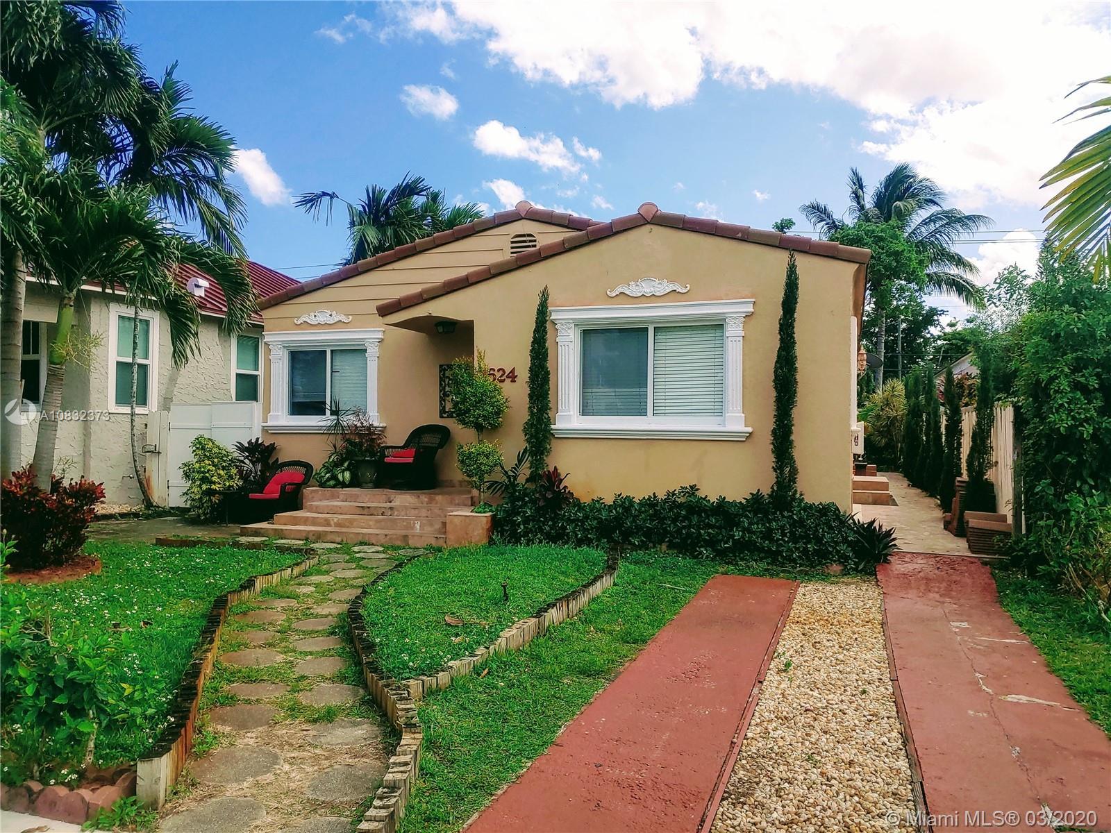 1624  Van Buren St  For Sale A10832373, FL