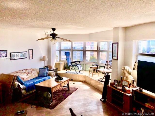 1881  Washington Ave #8G For Sale A10832454, FL