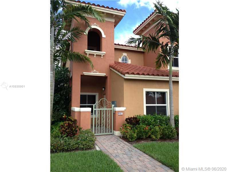 ENJOY THE WIDE LAKE VIEW AND SUNSETS FROM THIS BEAUTIFUL TOWNHOUSE IN PEMBROKE CAY, 3 BEDROOMS 3 BATHROOMS. GORGEOUS GRANITE AND STAINLESS STEEL APPLIANCES, ALMOST NEW. OVER $50,000 IN UPGRADES AND FURNITURES. FAMILY ROOM, PRIVATE PATIO COURTYARD AREA FOR ENTERTAINING OR FOR KIDS TO PLAY. GREAT FOR LIVING OR INVESTMENT. GATED COMMUNITY WITH GUARD BOAST BEAUTIFUL POOL, PLAYGROUND AREA. THE LOCATION IS THE BEST FEW MINUTES TO I-75 AND NEXT TO THE SHOPPING AT PEMBROKE GARDENS.