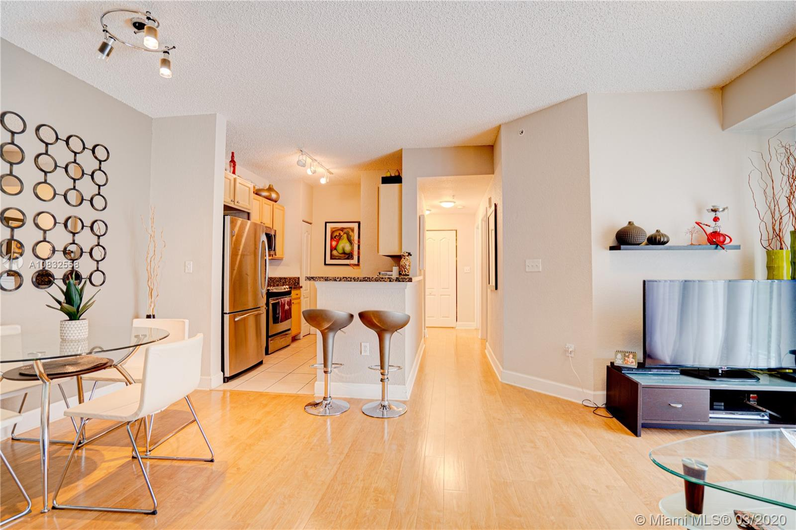 6001 SW 70th St #215 For Sale A10832558, FL