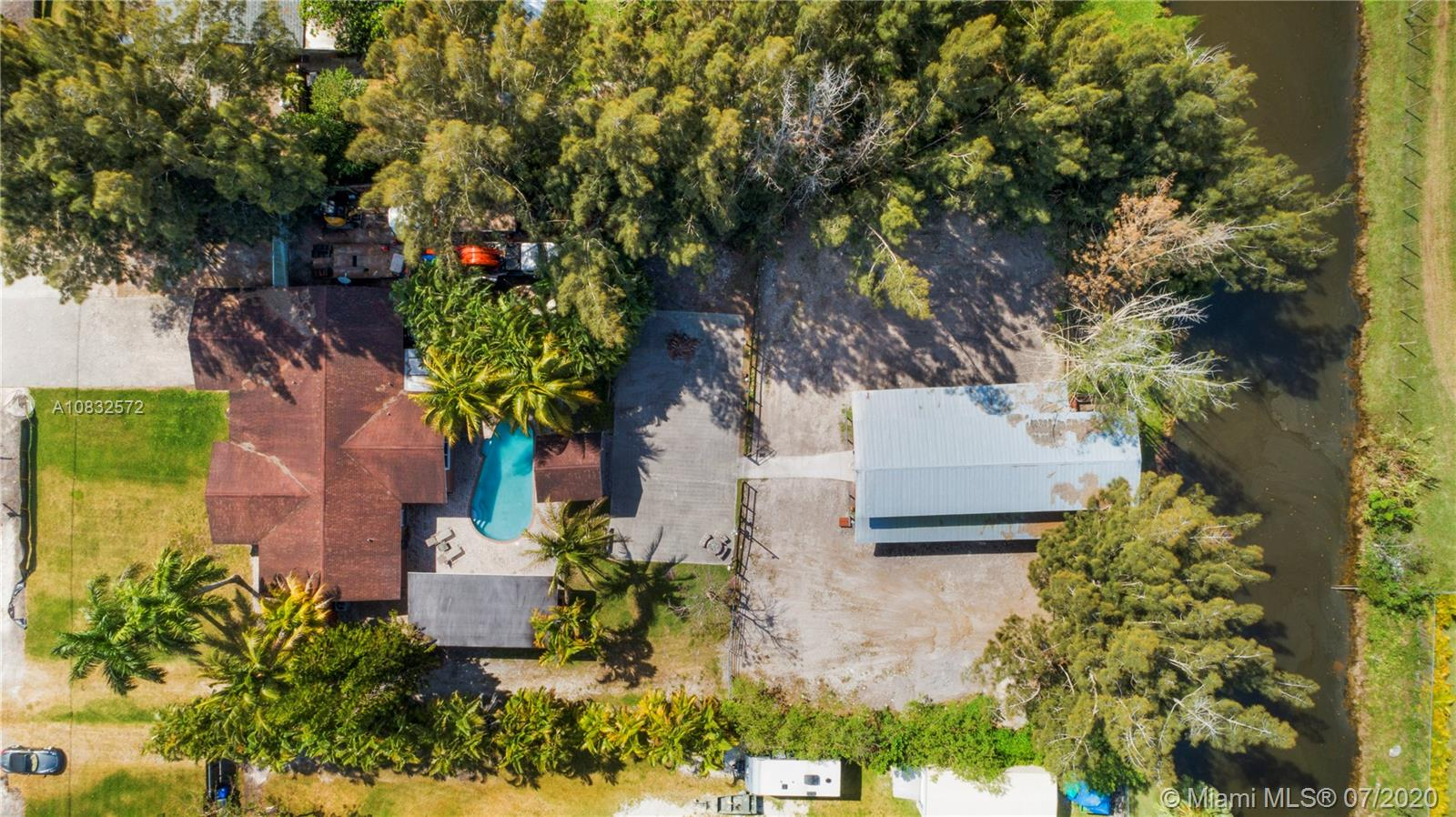4921 SW 188th Ave  For Sale A10832572, FL