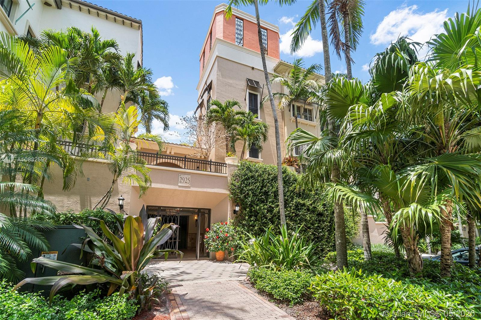 2925 NW 126th Ave #301-1 For Sale A10832592, FL