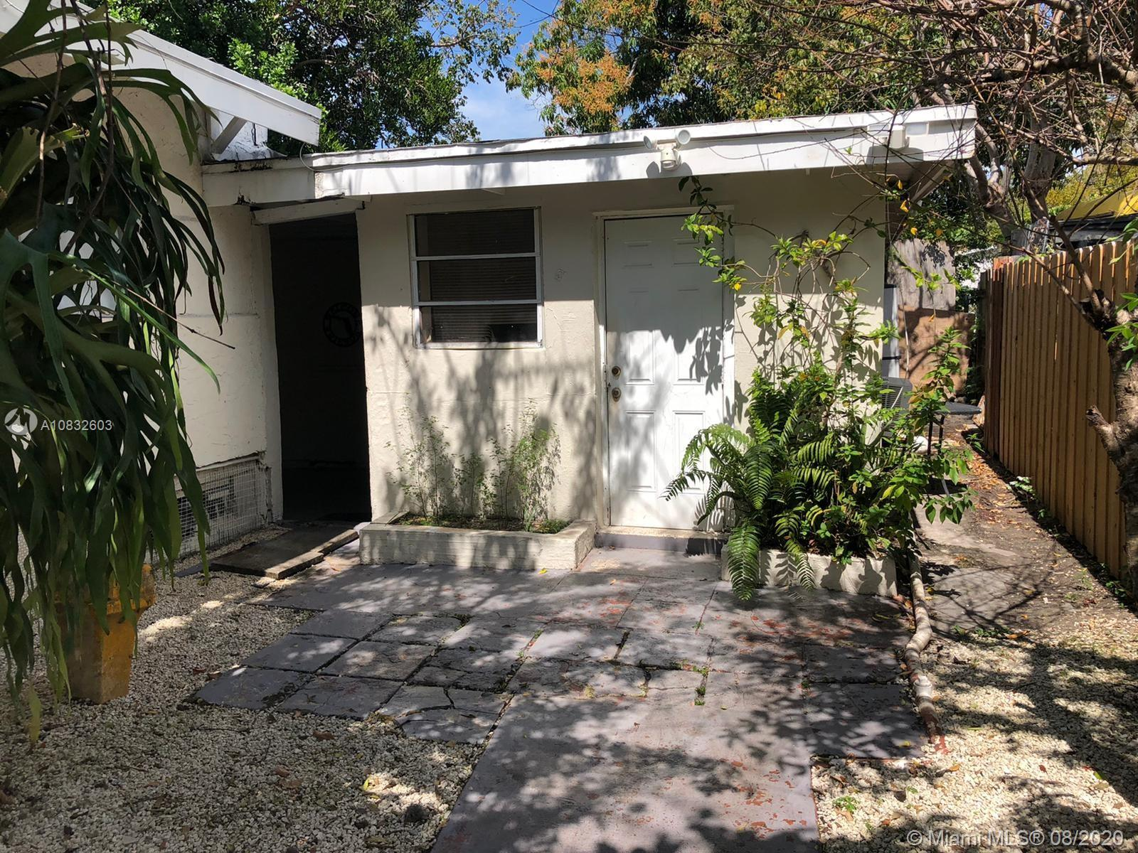 115 NW 32nd St  For Sale A10832603, FL