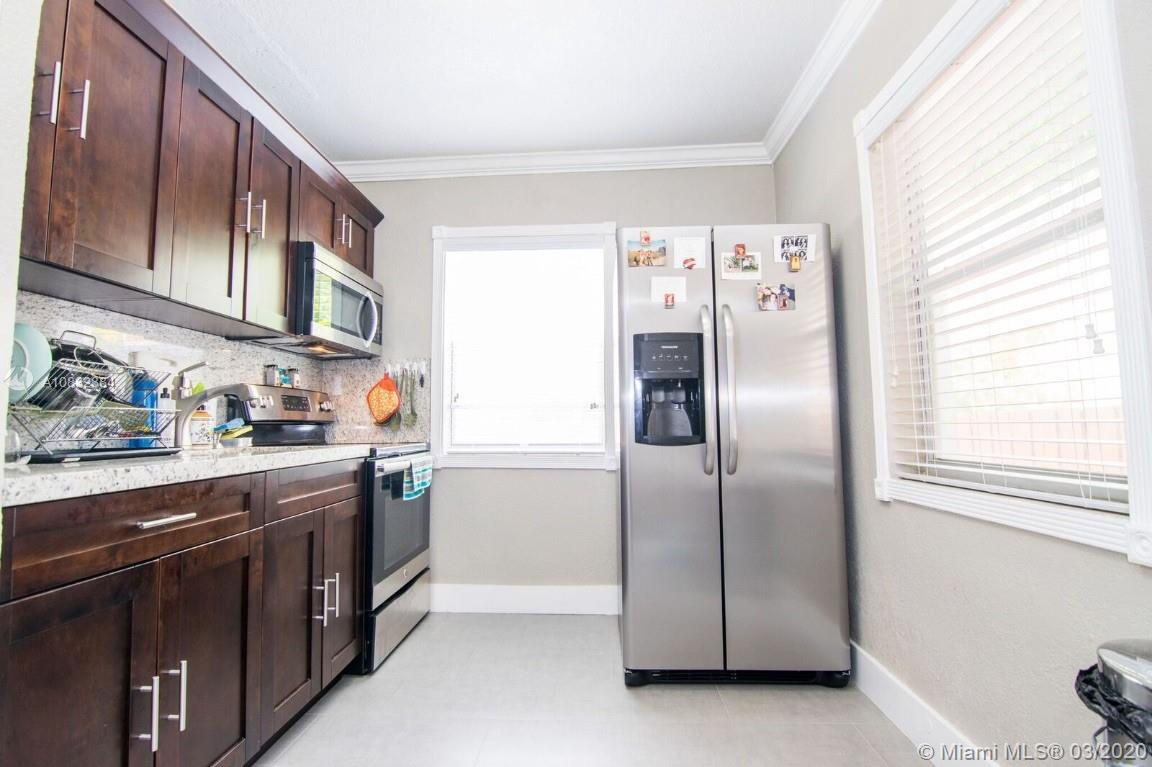 7636  Abbott Ave #3 For Sale A10832384, FL