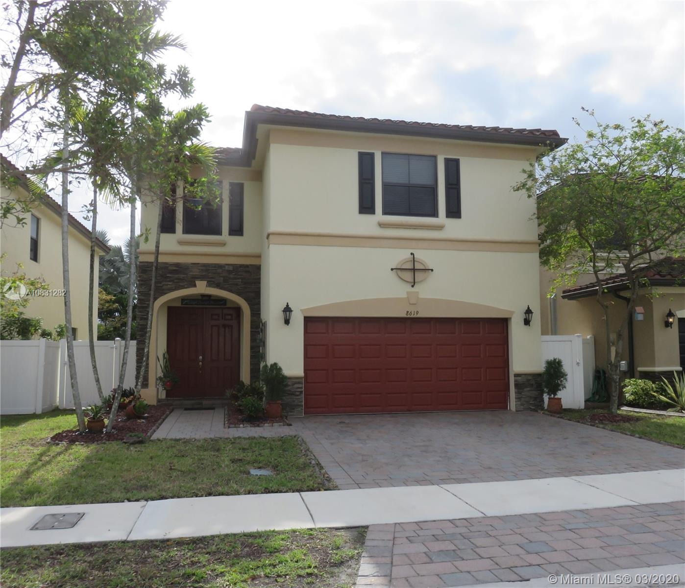 8619 W 33rd Ave  For Sale A10831282, FL
