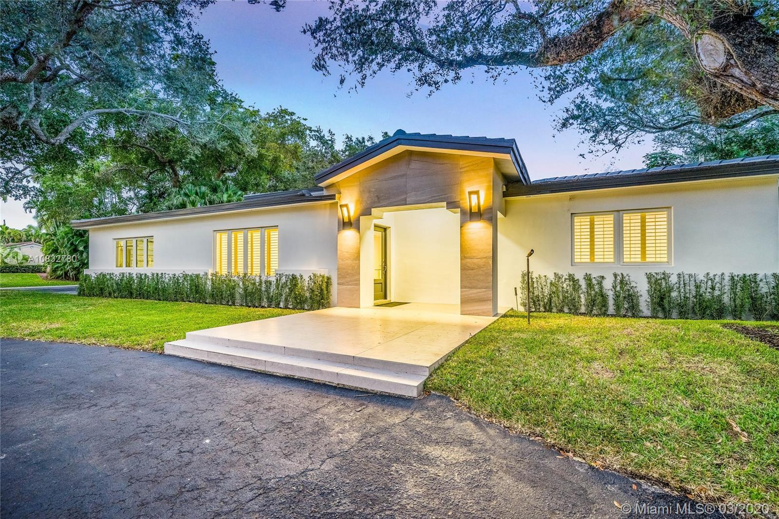 5901  Maynada St  For Sale A10832780, FL