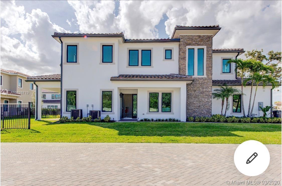 3412 Emerson Ln, Hollywood, FL 33312