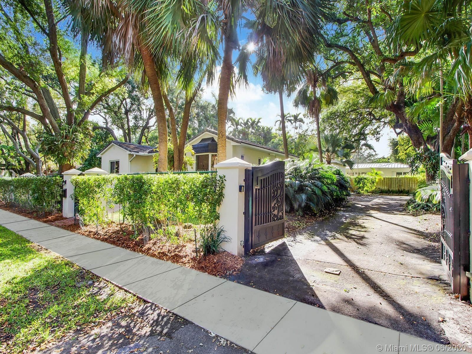 1620  Nocatee Drive  For Sale A10829353, FL