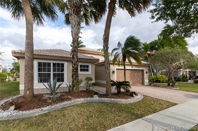3205 SW 173rd Ter  For Sale A10831642, FL