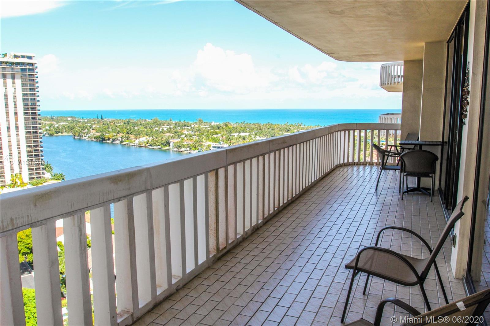 19355  Turnberry Way #18L For Sale A10832881, FL