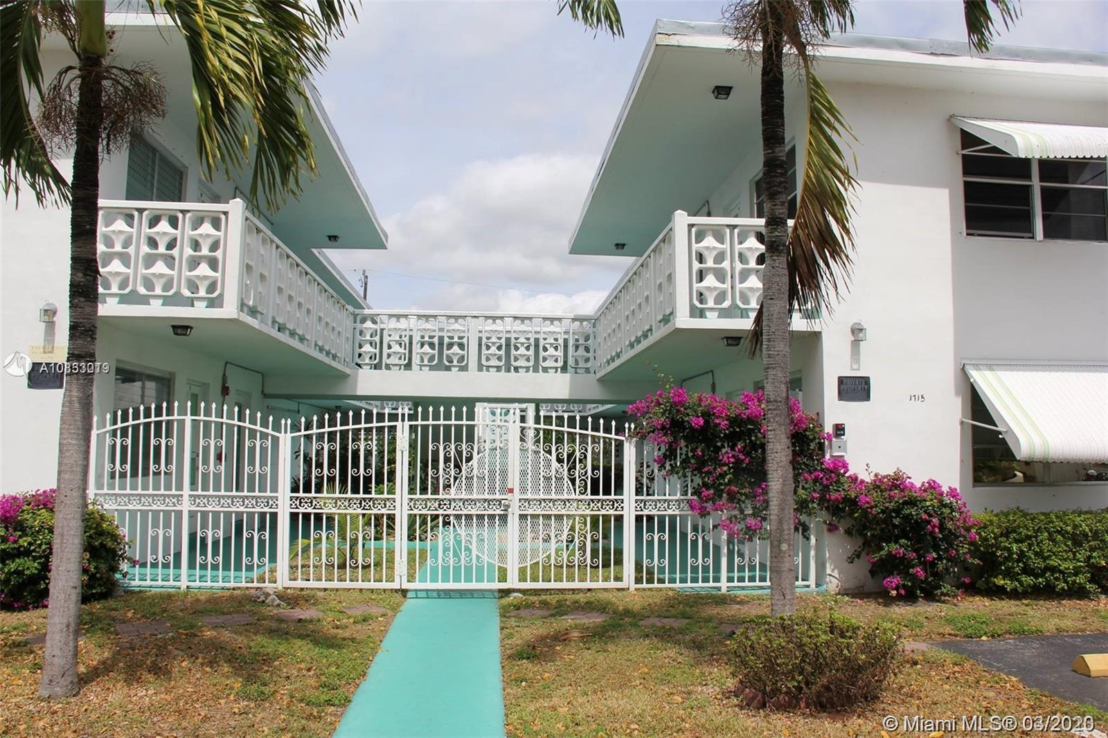 1715  Wiley St #5 For Sale A10833019, FL