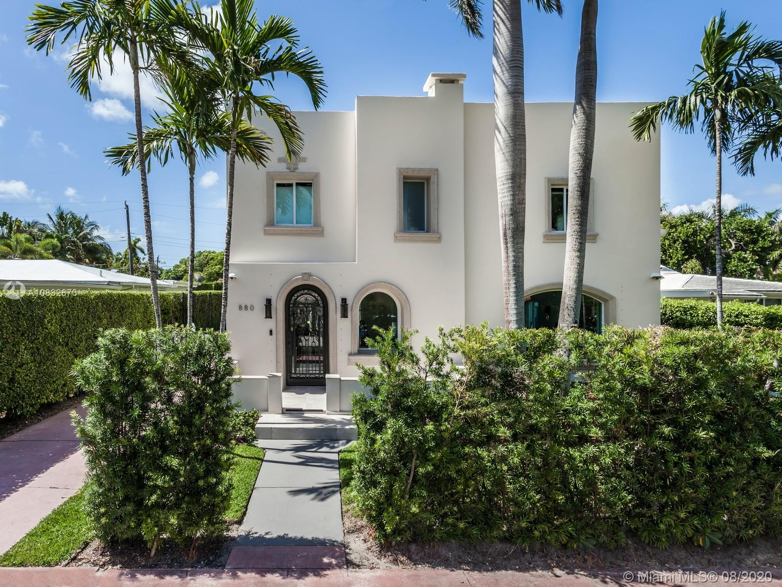 880 W 47th St  For Sale A10832673, FL