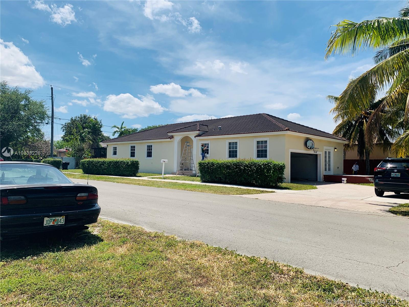 166  Pine Ave  For Sale A10833226, FL