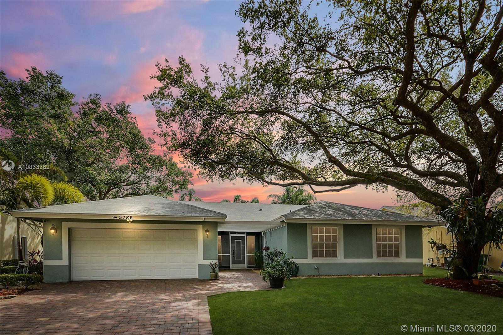 5786 SW 89th Ln  For Sale A10833362, FL