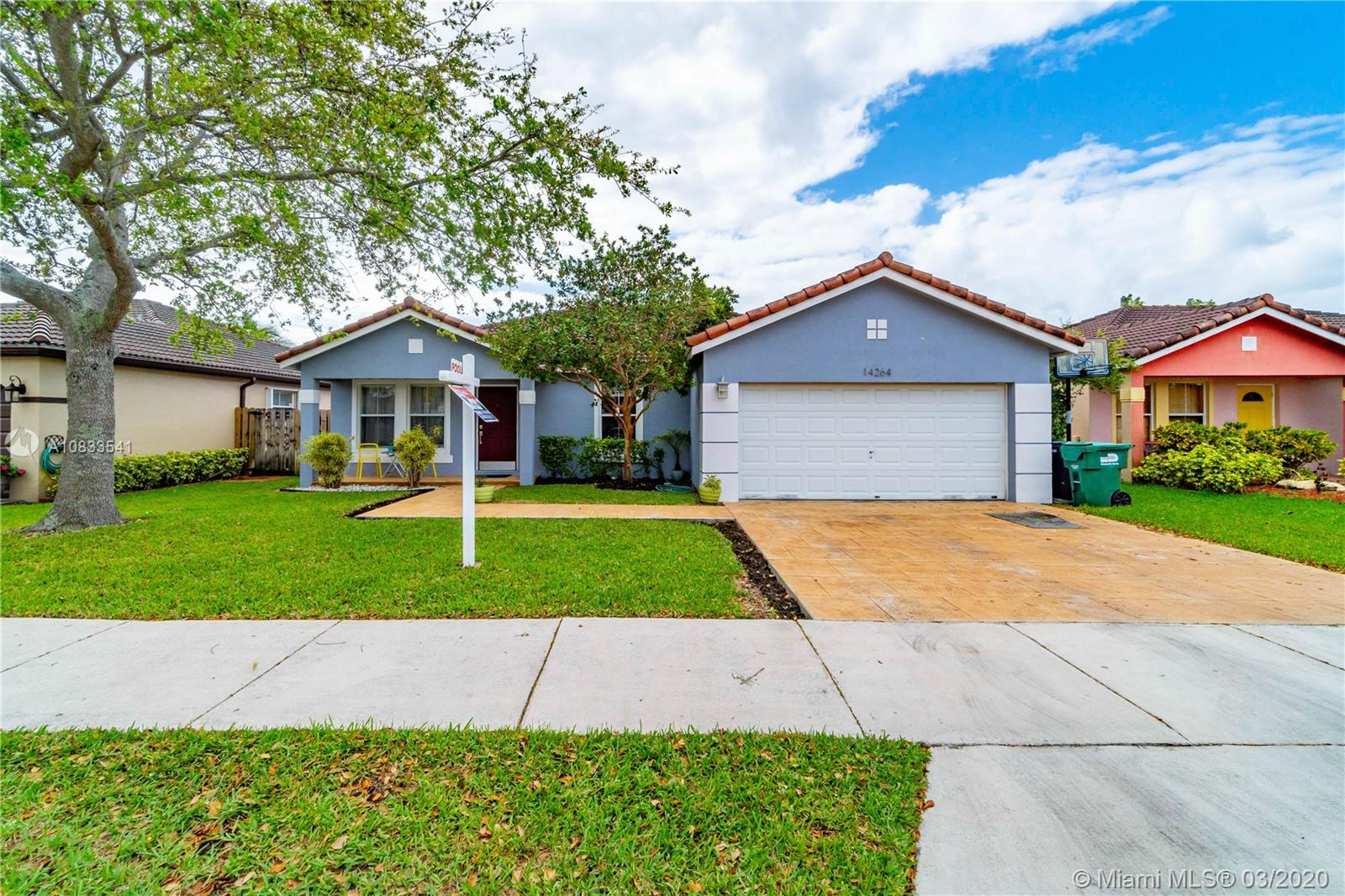 14264 SW 163rd Ter  For Sale A10833541, FL