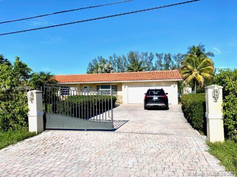 4001 SW 137th Ave  For Sale A10833582, FL