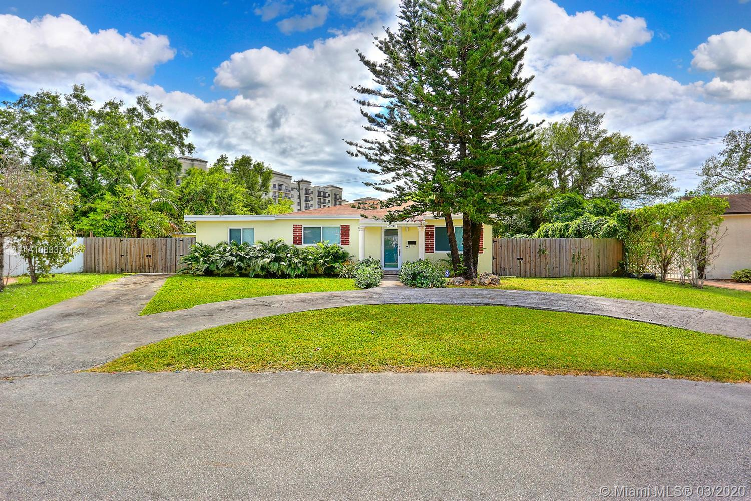 6730 SW 19th Ter  For Sale A10833731, FL