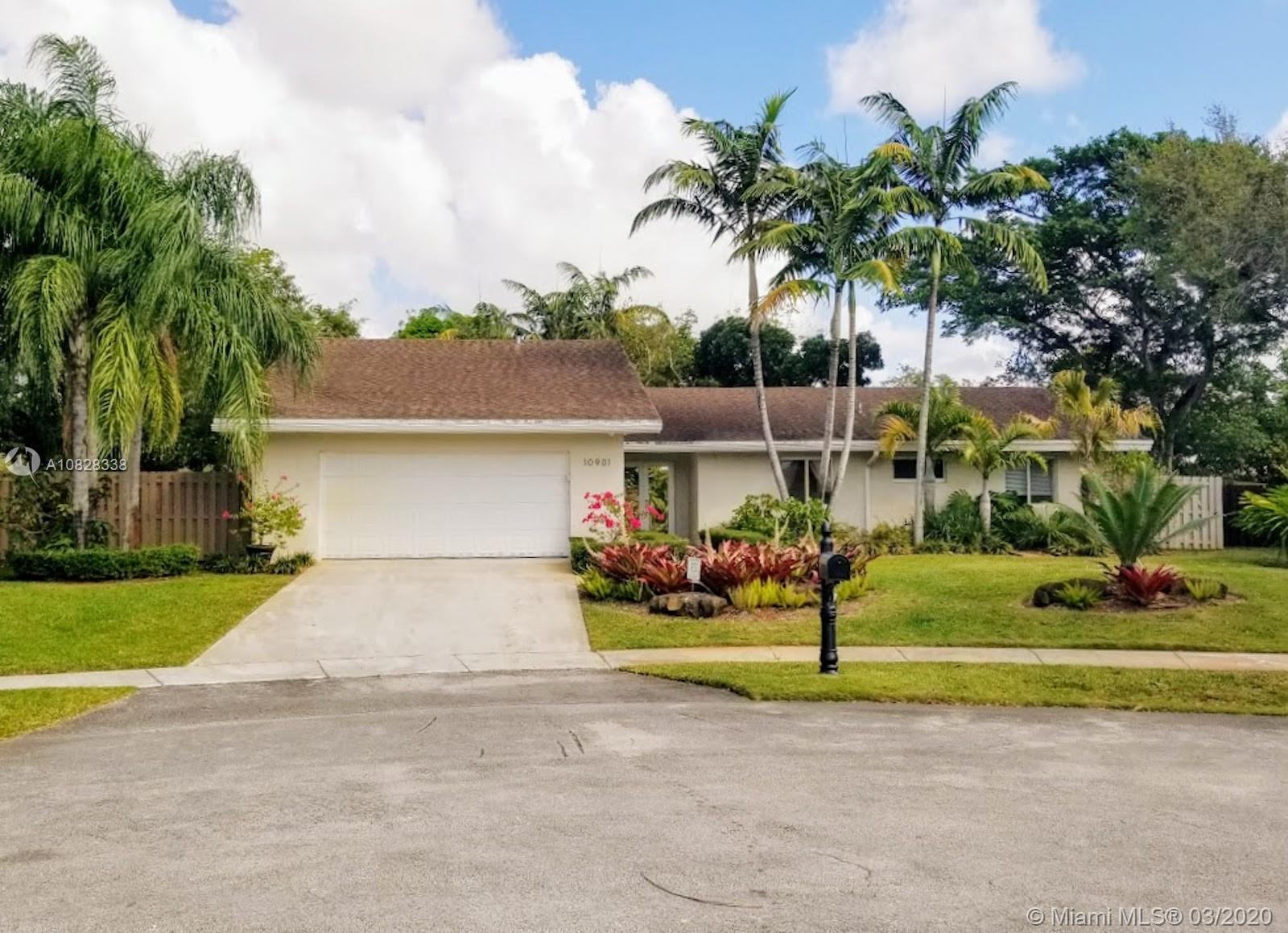 10901 SW 116th Ave  For Sale A10828338, FL