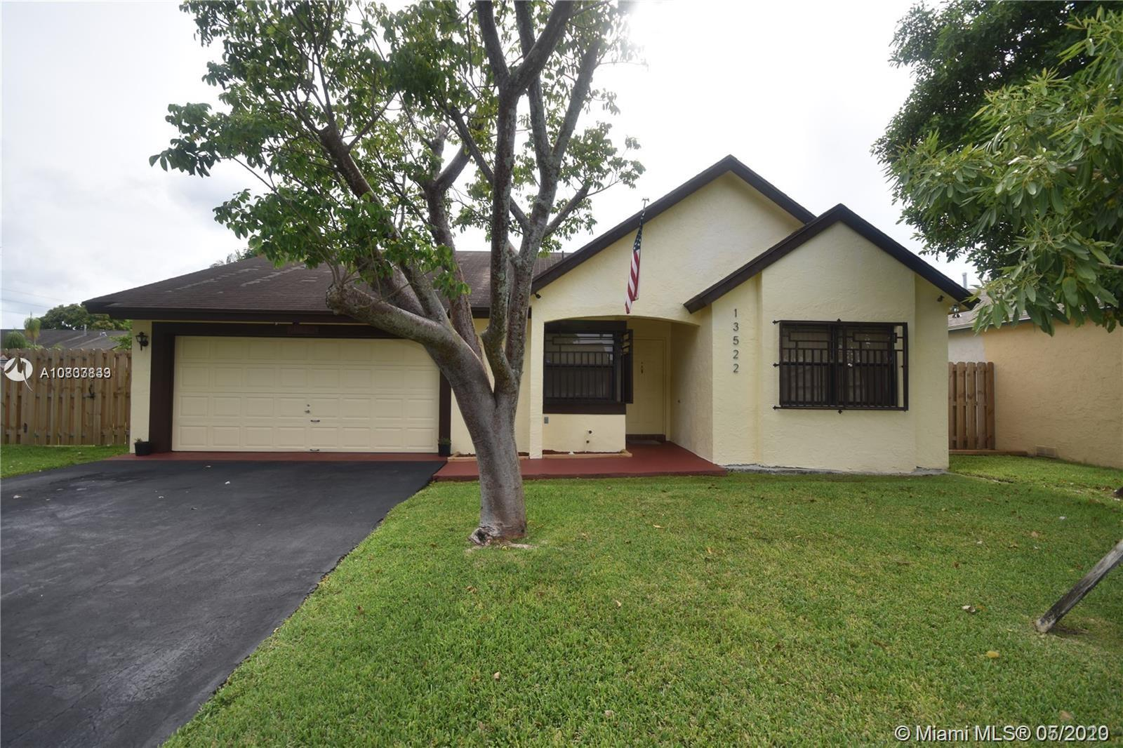 13522 SW 112th Pl  For Sale A10833839, FL