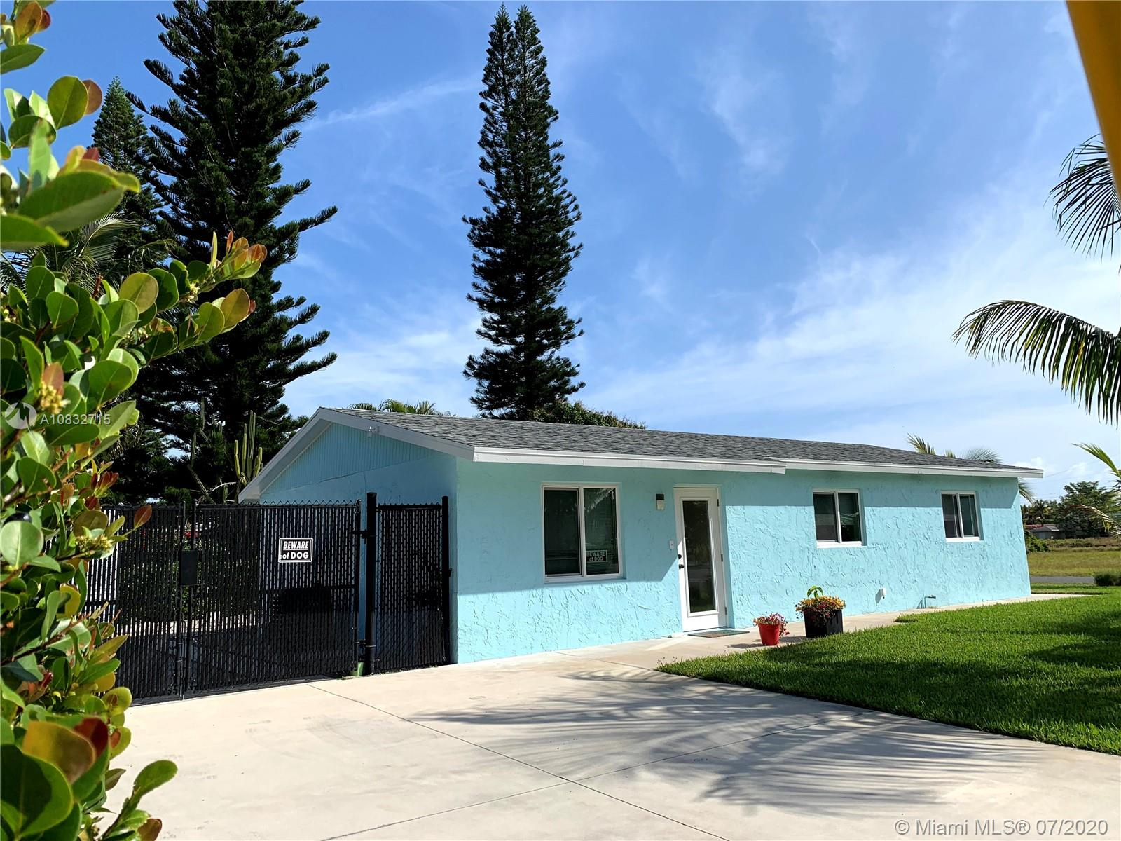 219 SE 22nd Ave  For Sale A10832715, FL