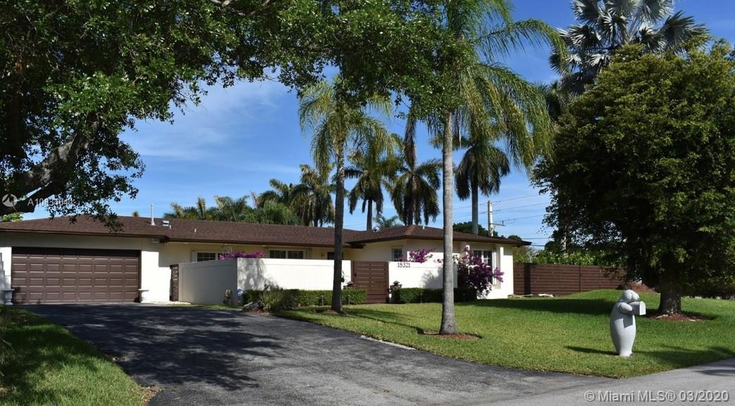 18321 SW 86th Ave  For Sale A10834041, FL