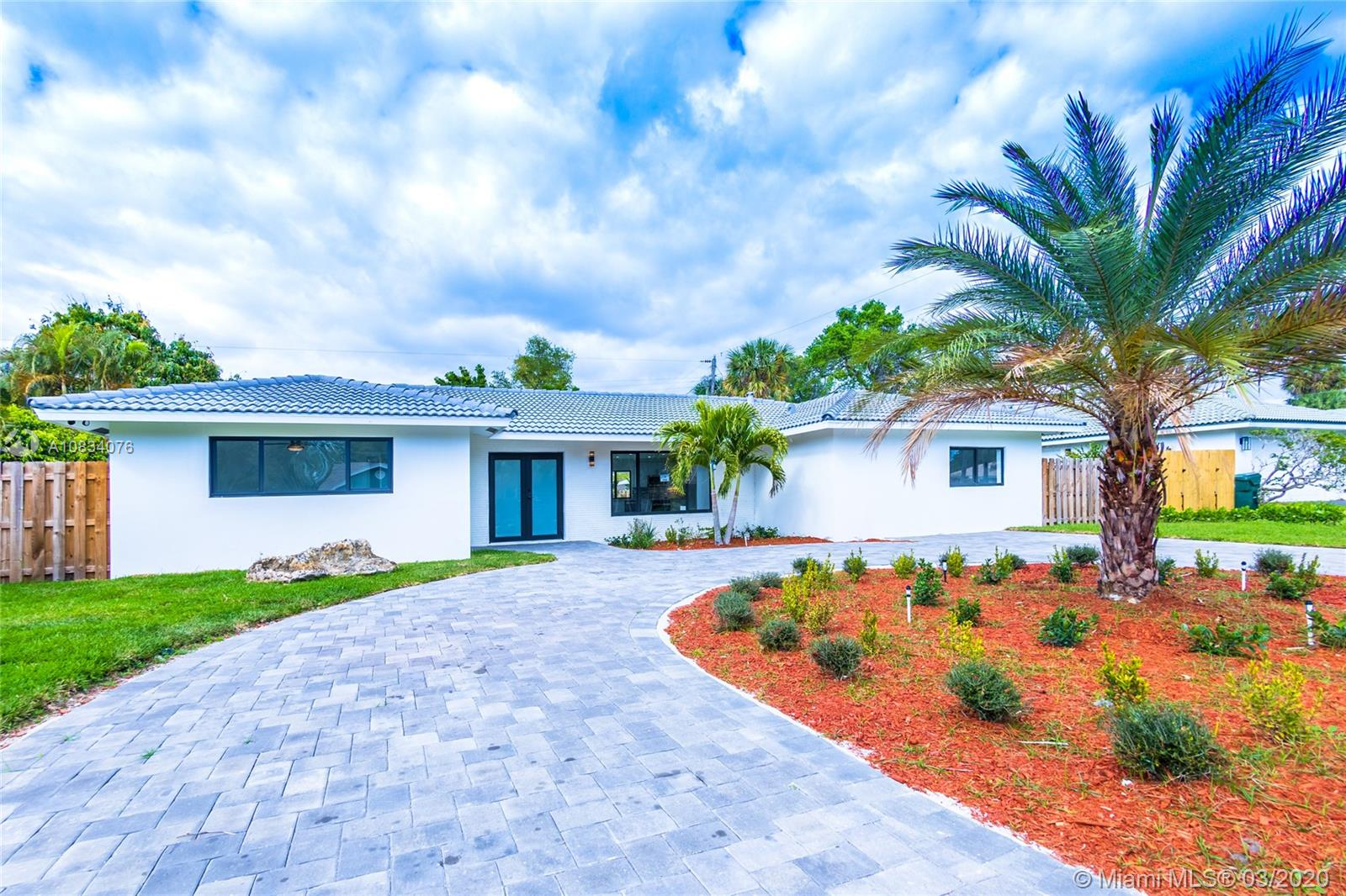 1001 NW 6th Dr  For Sale A10834076, FL
