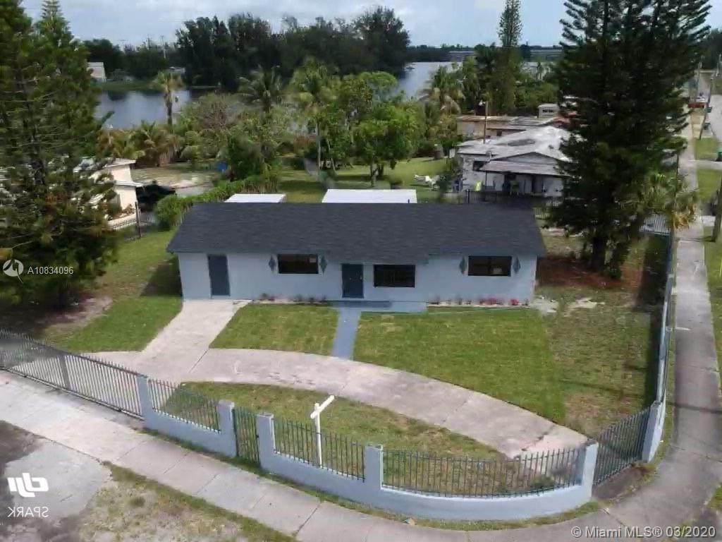 1268 NW 111th St, Miami, FL 33167
