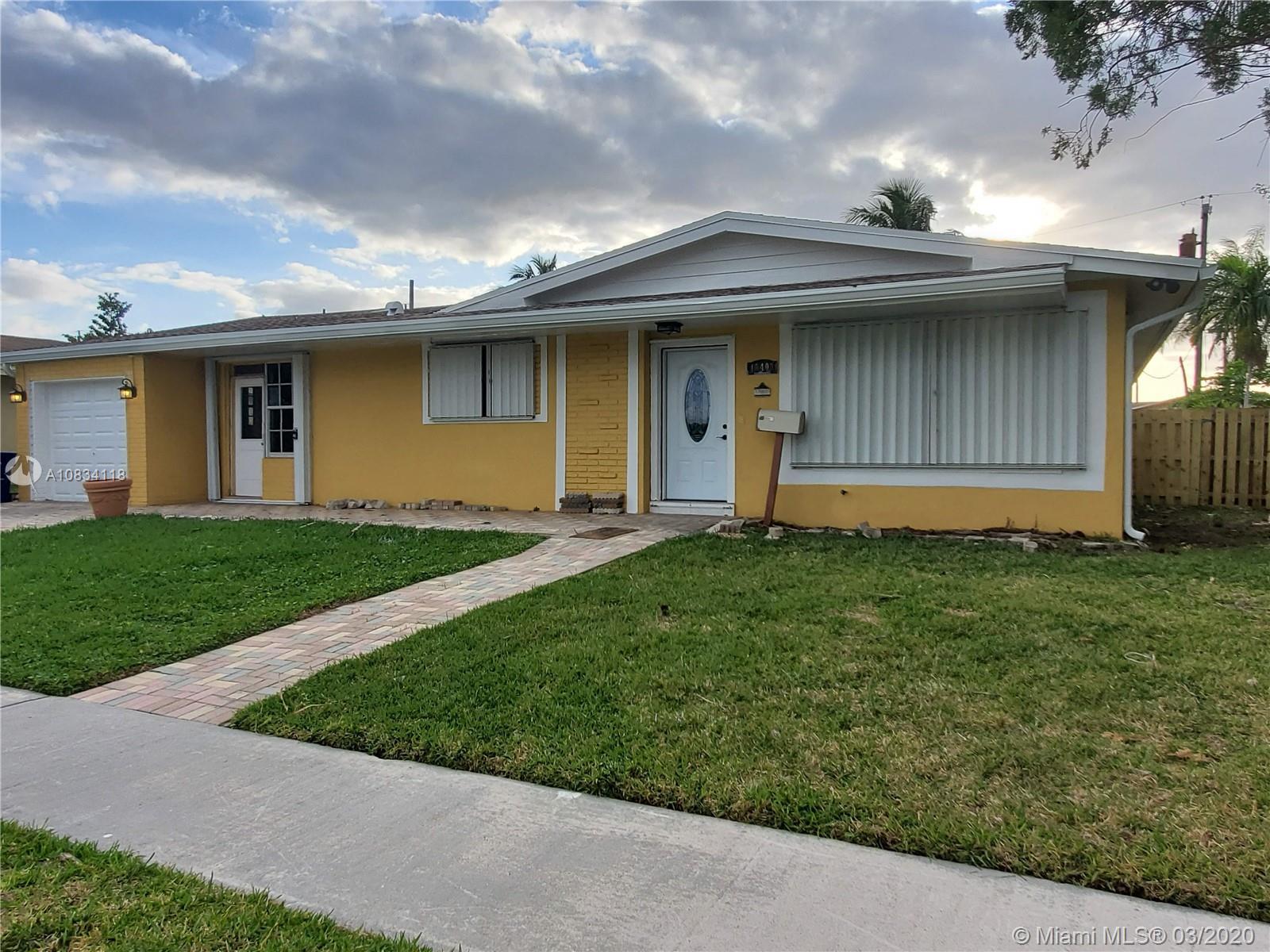 18400 NE 8th Ave  For Sale A10834118, FL