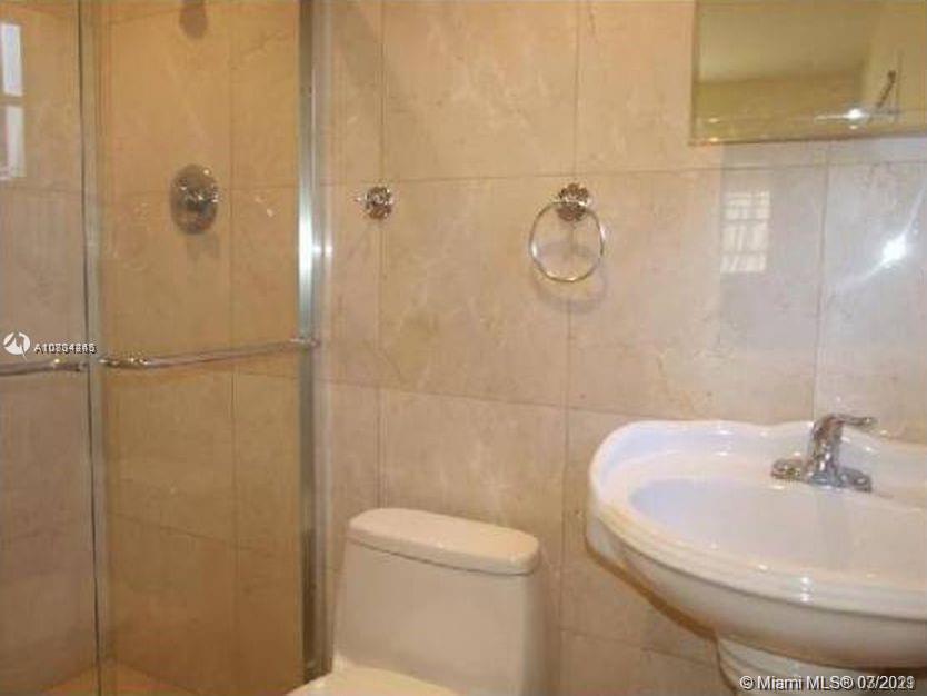 1150 NE 179th St  For Sale A10834245, FL