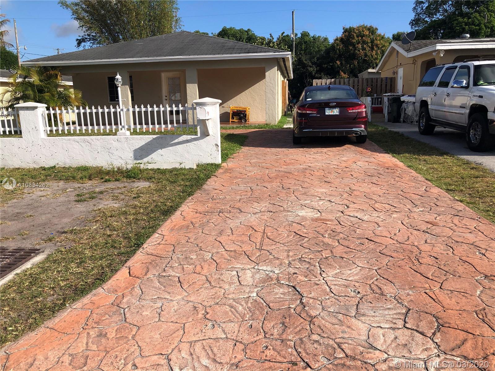 347 W HAITI AVE, Clewiston, FL 33440