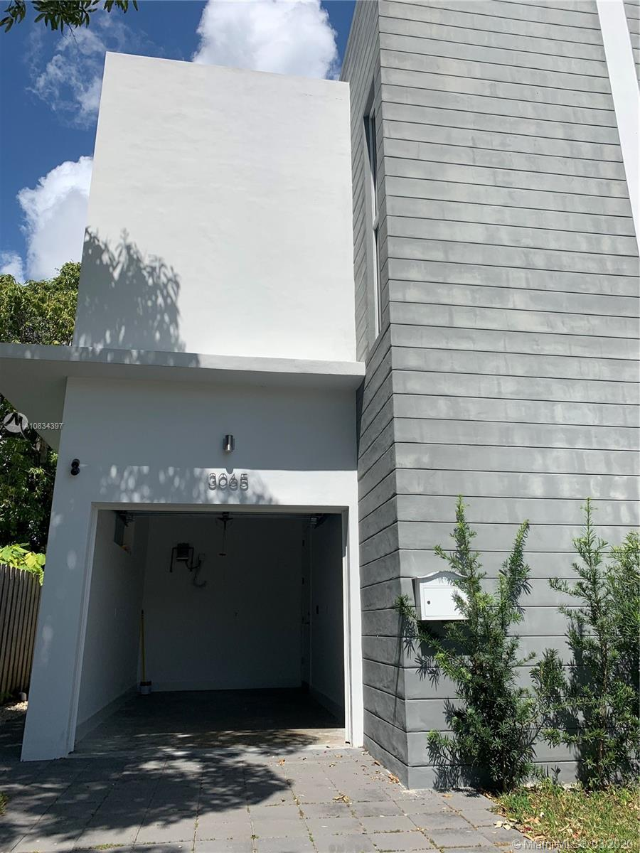 3065 SW 27th Ter #3065 For Sale A10834397, FL