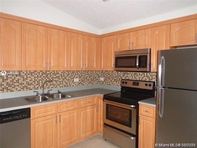 3690 N 56th Ave #933 For Sale A10834395, FL