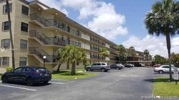 9355 SW 8th St 307, Boca Raton, FL 33428