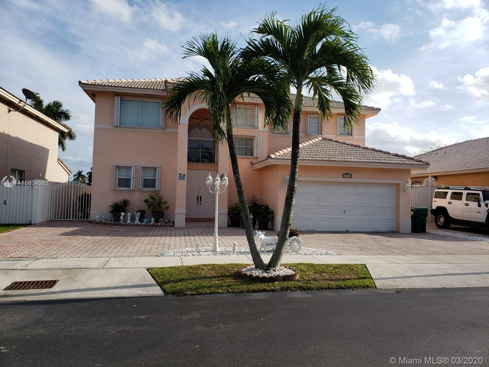15950 SW 69th Ln, Miami, FL 33193