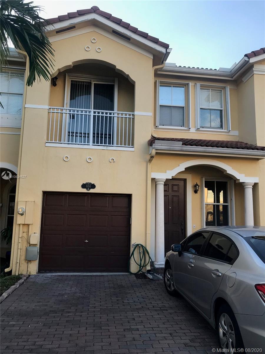 930 SW 149th Ct, Miami, FL 33194