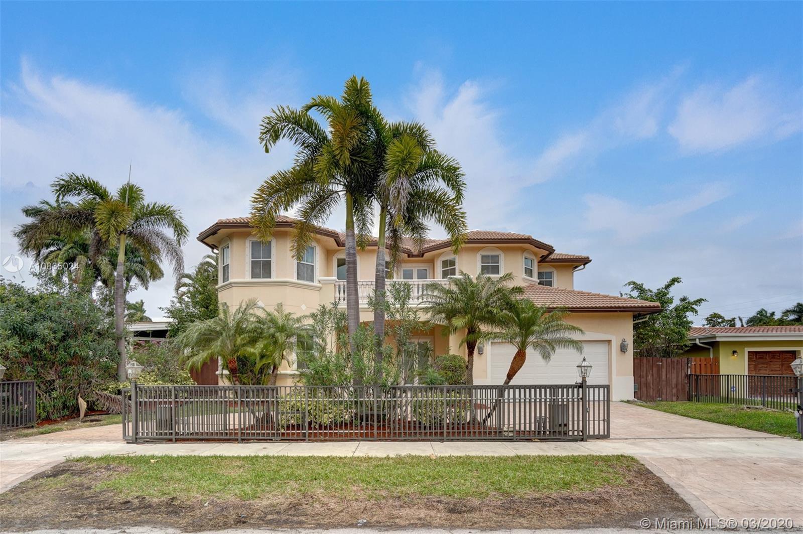 1317  Pierce St  For Sale A10835024, FL