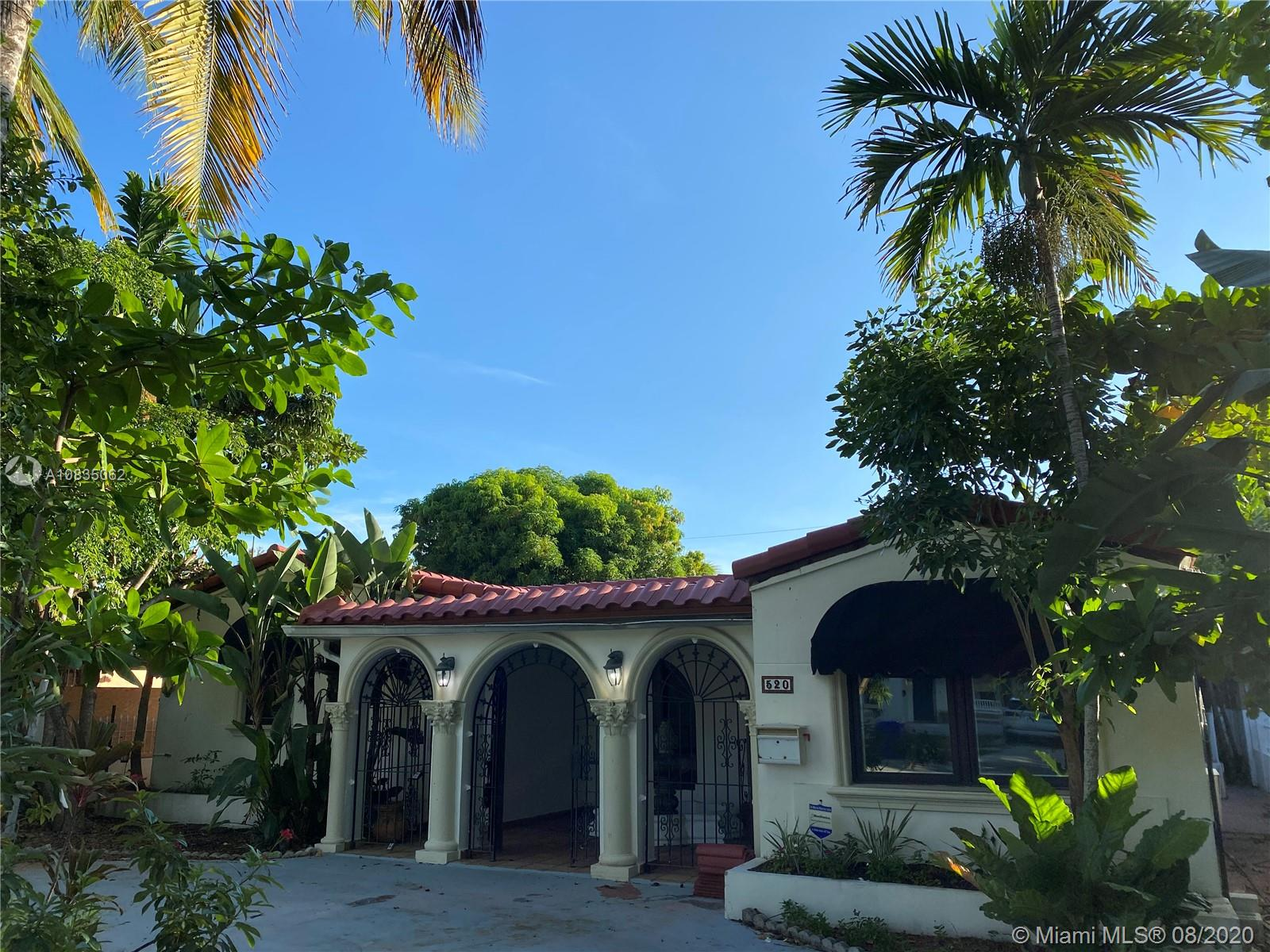 520 SW 22nd Rd  For Sale A10835062, FL
