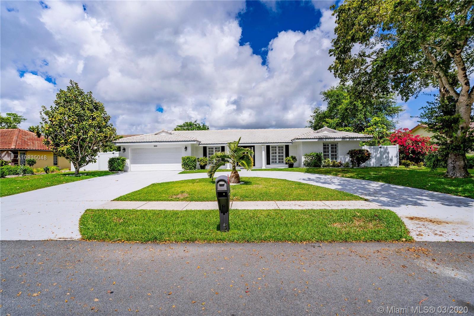 3111 Lakeview Blvd, Delray Beach, FL 33445