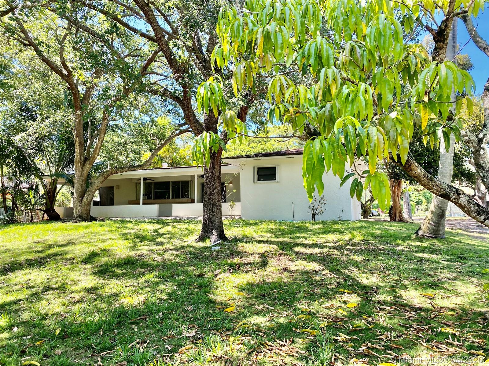 8400 SW 100th St  For Sale A10835132, FL