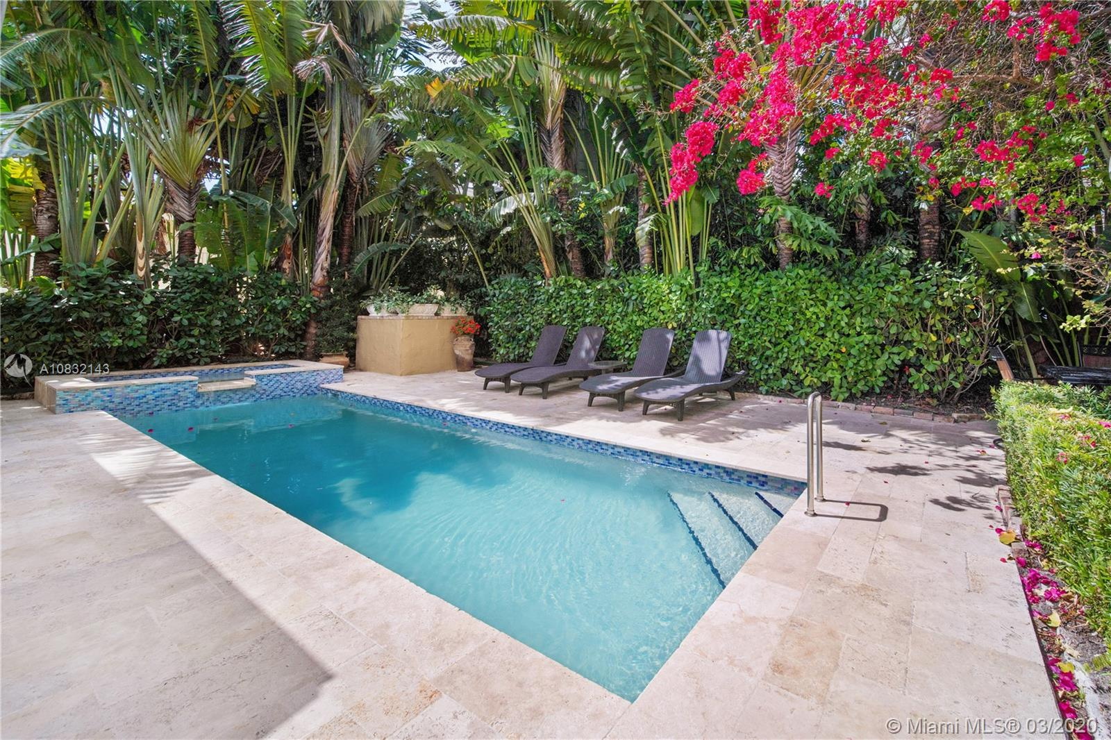 24  Phoenetia Ave  For Sale A10832143, FL