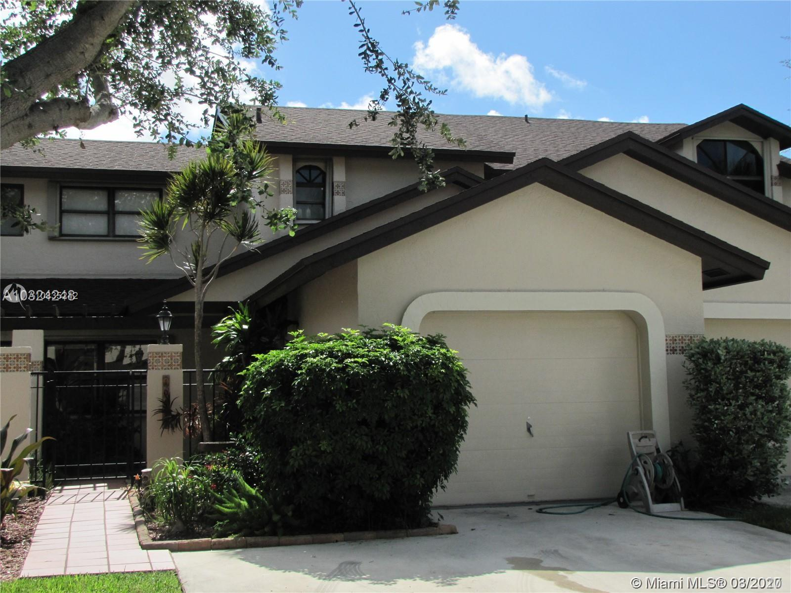 10121 SW 137th Ct  For Sale A10835242, FL