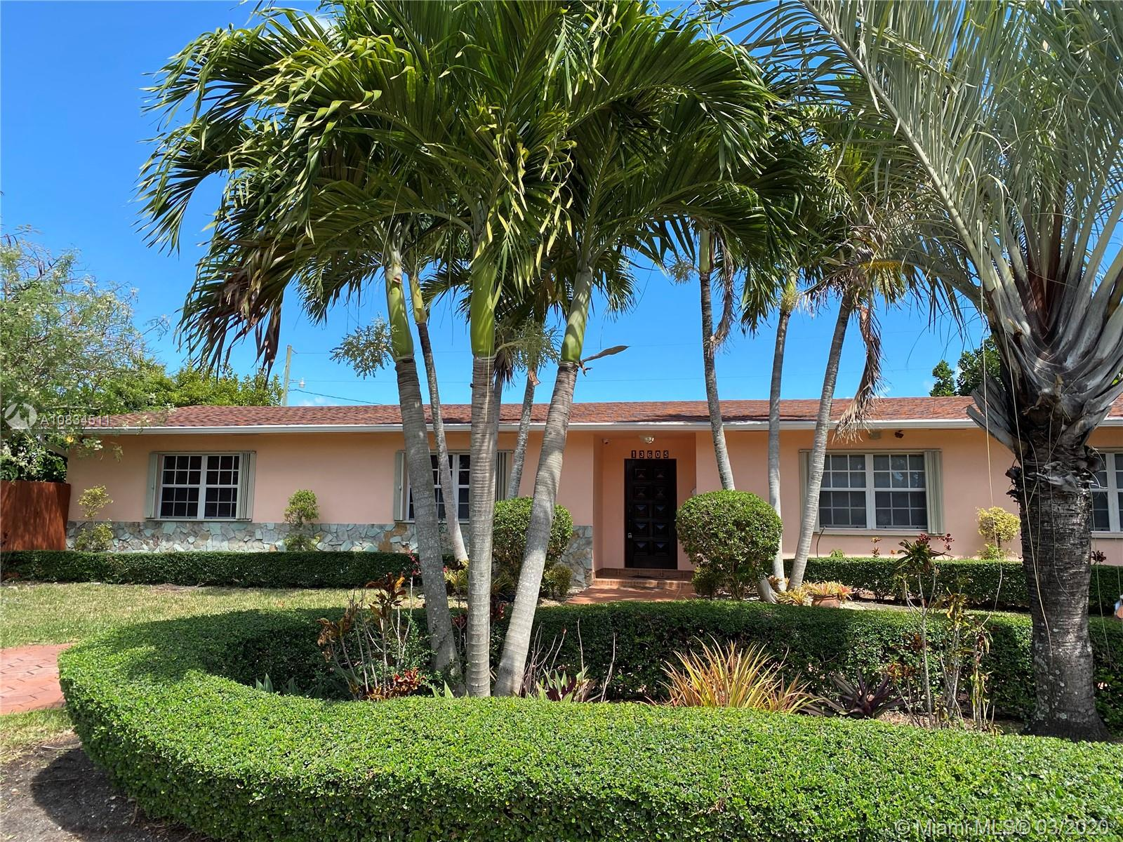 13605 SW 83rd Ct  For Sale A10834511, FL