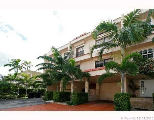 3826 NE 171st St #1 For Sale A10835259, FL